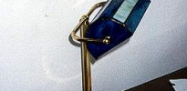 lamp. tavolo blu